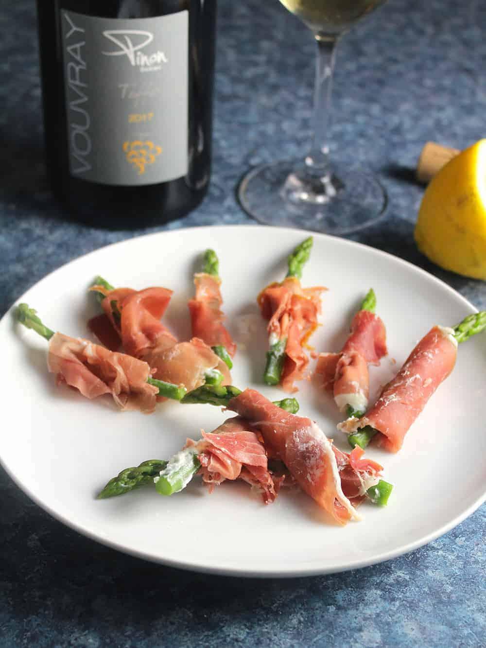 prosciutto asparagus with white wine.