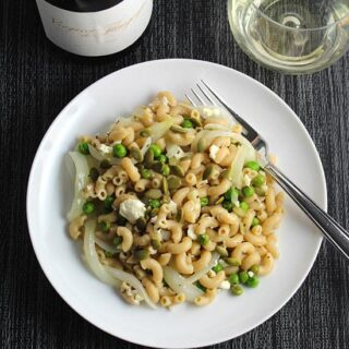 Quick Pasta with Peas and Feta Cheese