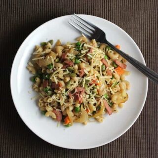 Frugal Friday: Pasta with Pancetta, Peas & Onions