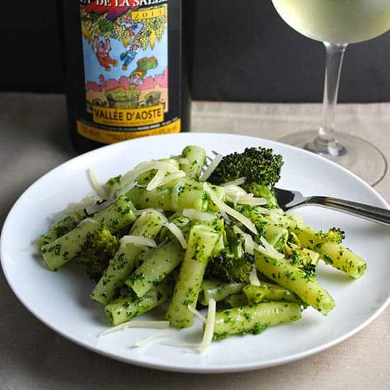 ziti withe kale pesto and roasted broccoli.