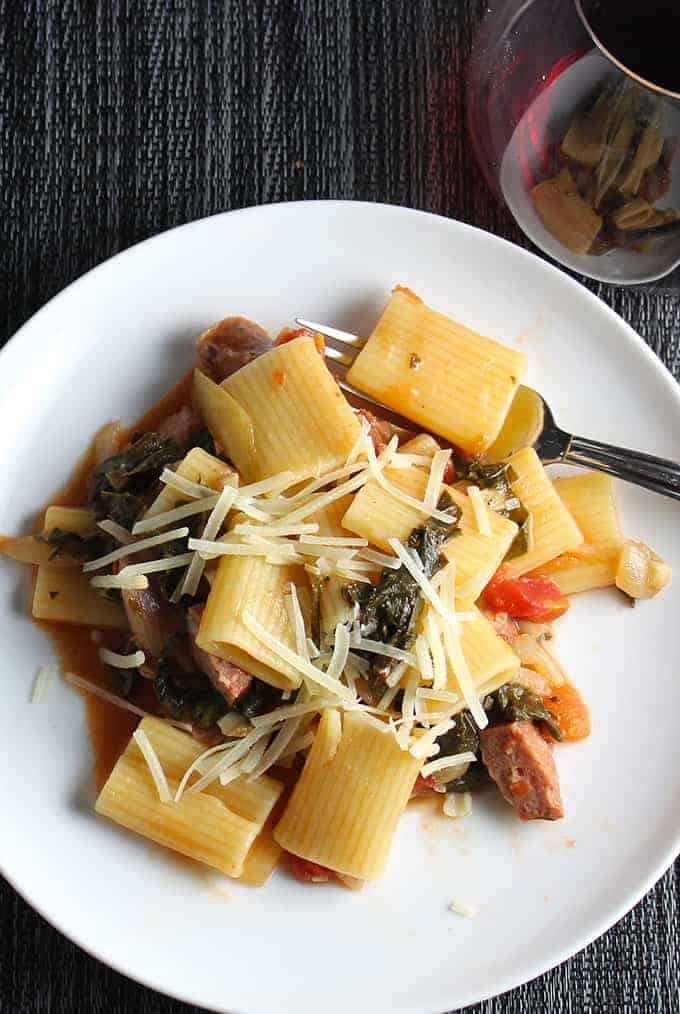 Rigatoni with Kale and Sausage makes a hearty and healthy pasta meal | cookingchatfood.com
