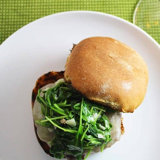 Burgers with Garlicky Arugula for #SundaySupper. Cooking Chat recipe.
