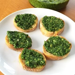 Kale Pesto Crostini