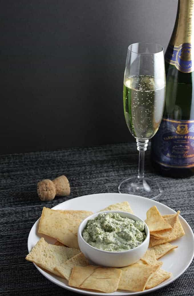 Bubbly for Bacon and Greens Dip. #winepairing