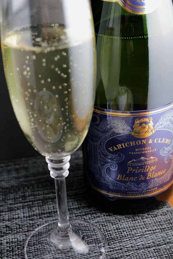 Varichon & Clerc Privilege Blanc de Blancs, paired with Cooking Chat Bacon & Greens Dip for #winePW