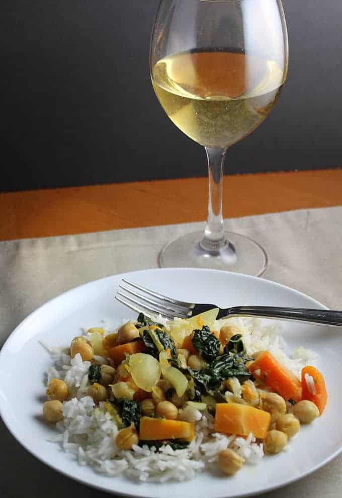 Italian wine for Indian Curry: pairing for butternut kale curry for #ItalianFWT.