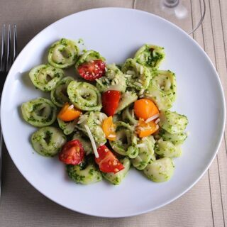 Kale Pesto Tortellini Paired with an Arneis #winePW