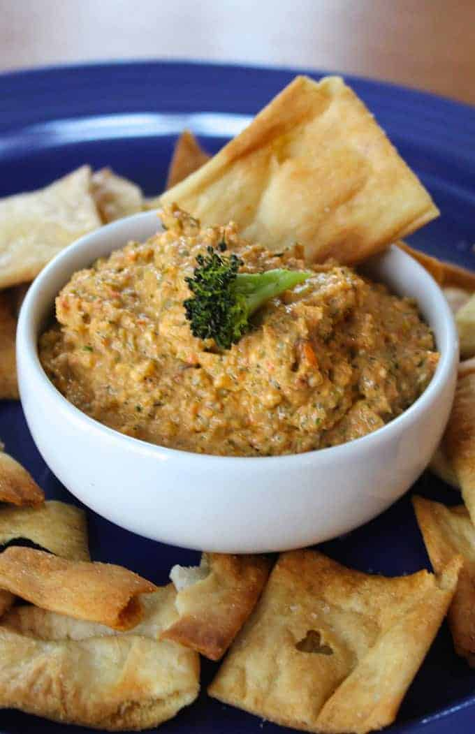 roasted broccoli dip photo, from article about taking tasty food photos.