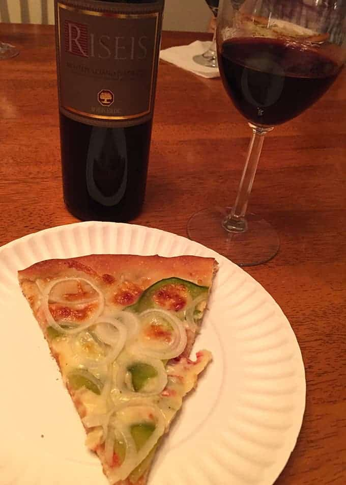 Riseis Montepulciano D'Abruzzo pairs well with pizza.