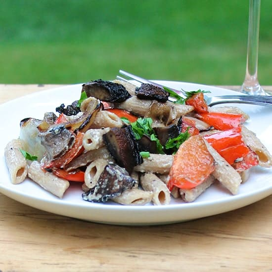 Grilled Portobello Mushroom Pasta for Labor Day Grilling Roundup | cookingchatfood.com