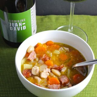 Wine for Rustic Chicken and Sausage Stew