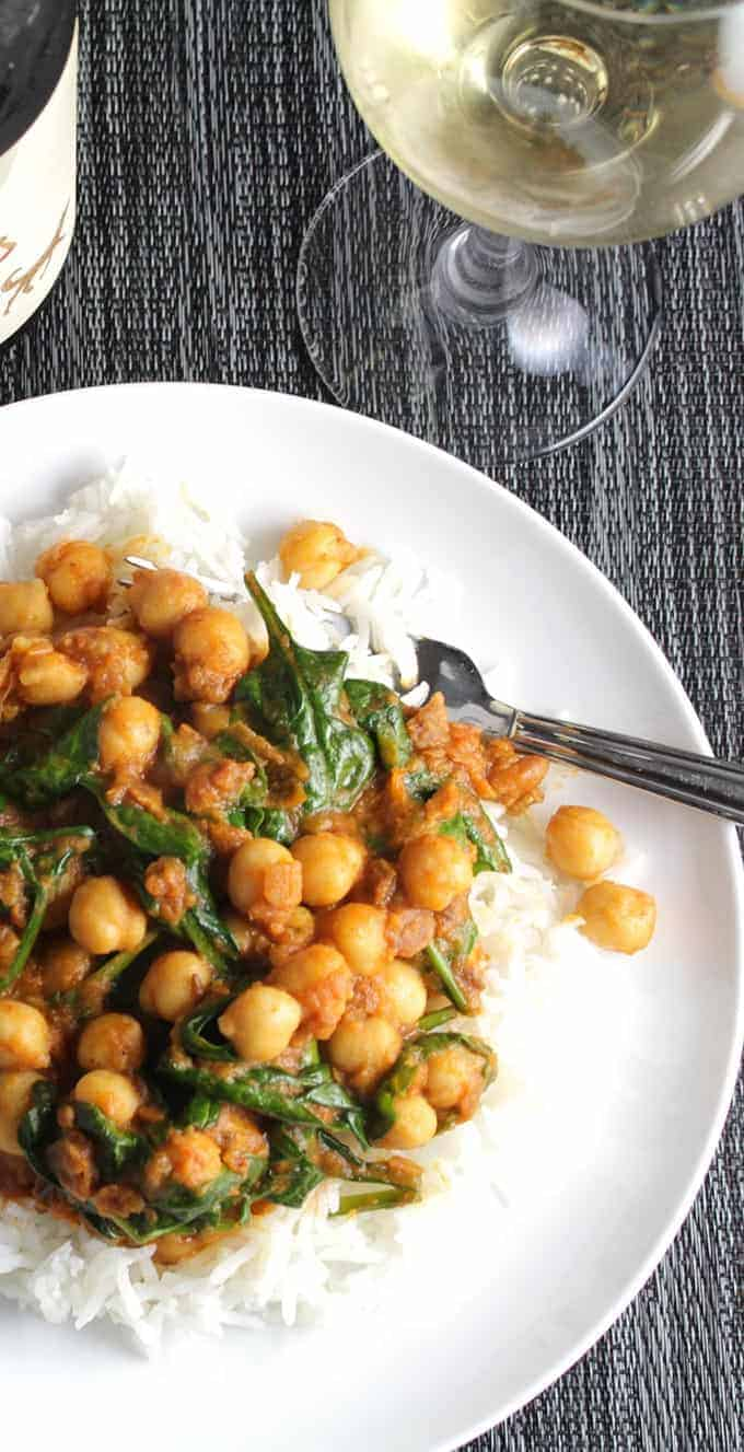 Quick Indian Spinach and Chickpeas makes a tasty weeknight meal   cookingchatfood.com