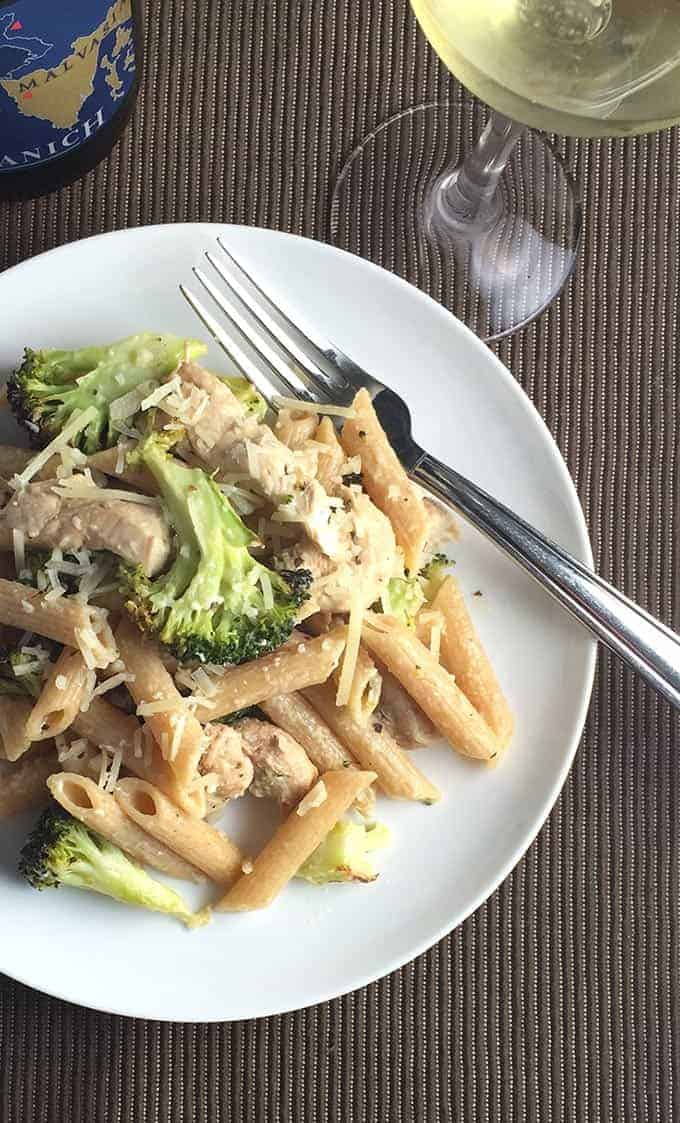 Lightened Chicken and Broccoli Pasta has all the garlicky goodness of the Italian classic dish without the calories!