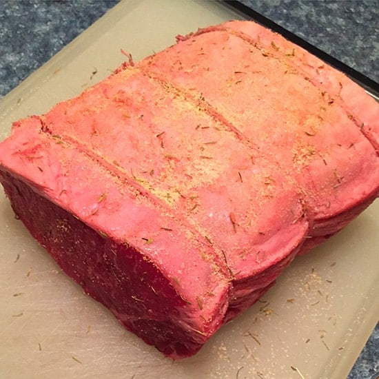 strip roast with simple spice rub