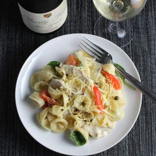 Pouilly-Fuissé with Goat Cheese Pasta and Chicken