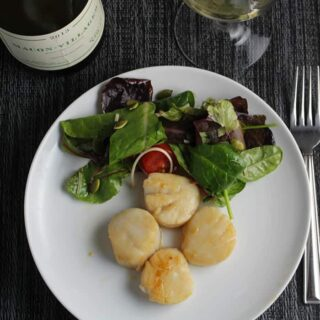 Simple Pan Seared Scallops