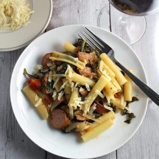 Pasta with Chicken Sausage and Kale #ItalianFWT