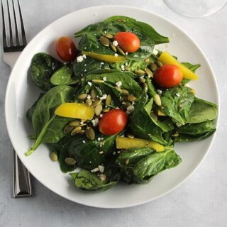 Spinach Salad with Simple Vinaigrette #SundaySupper