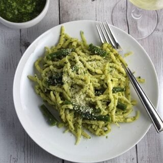 Ligurian Pesto Pasta with Wine Pairing