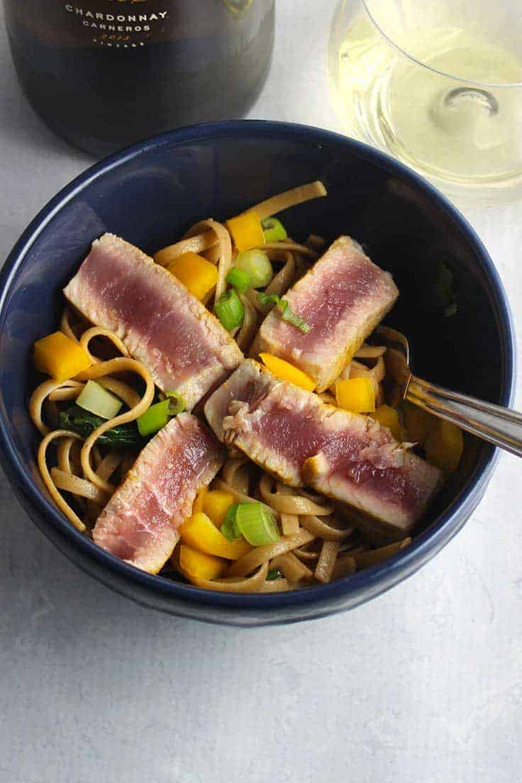 Asian Tuna Noodle Bowls are tasty and healthy, and so easy to prepare! #SundaySupper