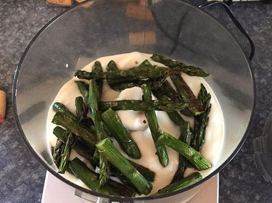 roasted asparagus in food processor to make a dip.