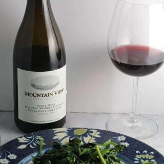 Mountain View Pinot Noir is a wonderful American wine to enjoy.