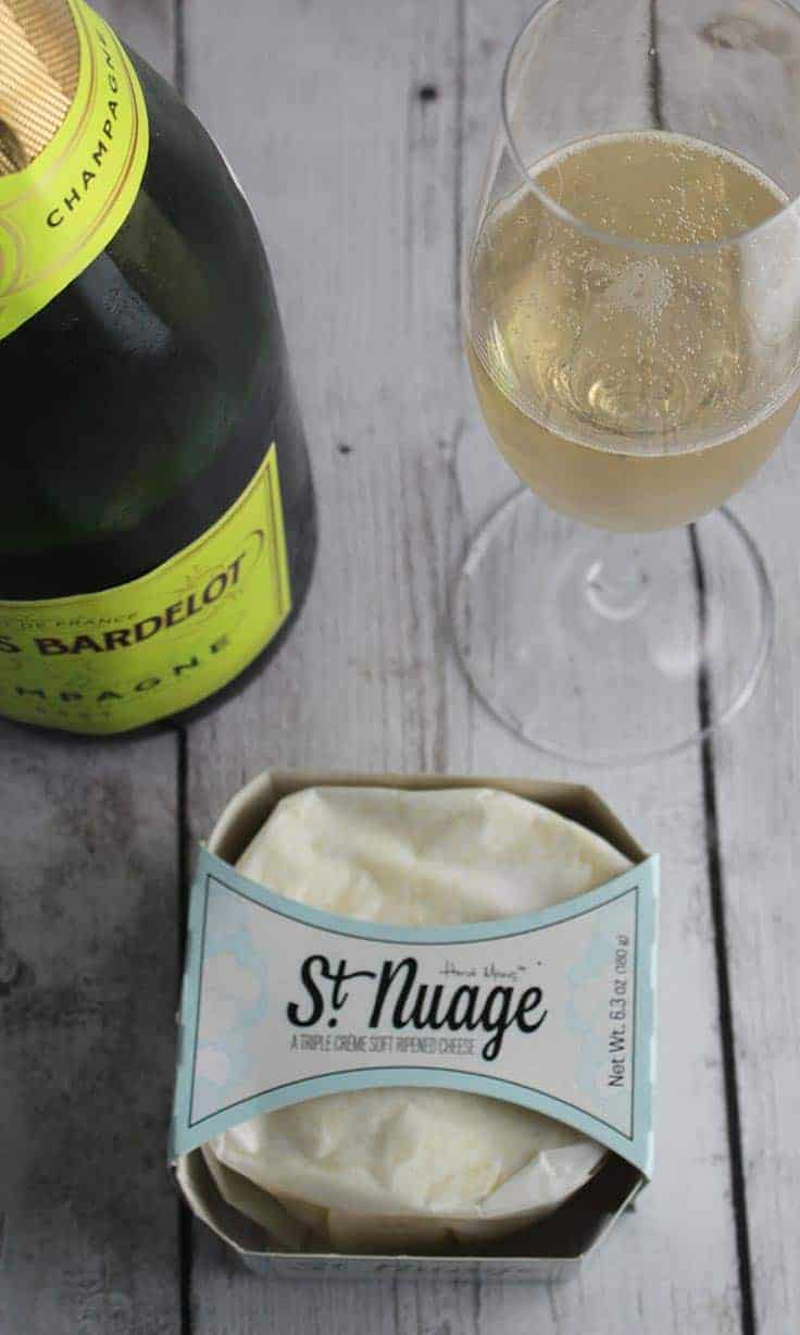 Champagne is a great wine pairing for creamy St. Nuage cheese. #winepairing