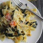 Tuscan Kale Pasta with garlic, red lentils and Parmigiano cheese for an easy vegetarian pasta meal. Pair with an Italian white wine such as a Vernaccia. #pasta #winepairing