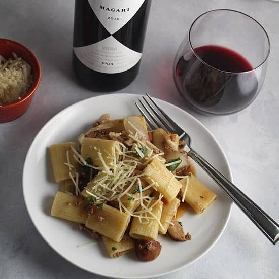 spicy Bolognese with Magari wine