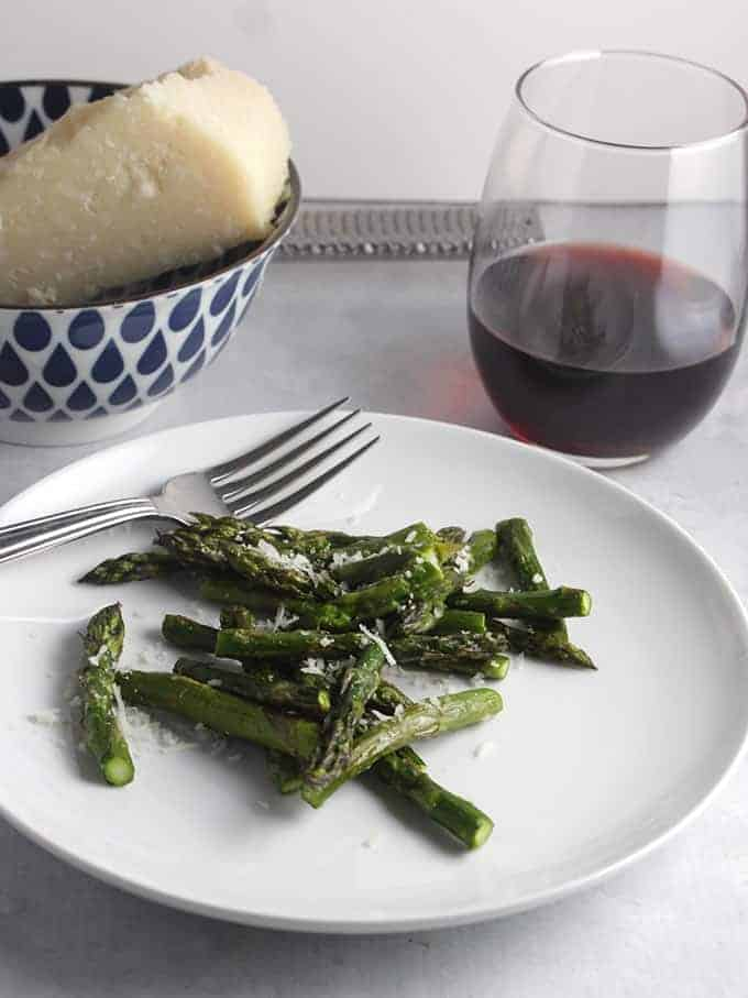 roasted asparagus with parmesan cheese can be paired with a red wine. #winepairing #asparagus