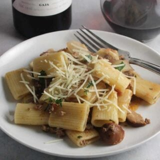 Spicy Bolognese Pasta with Wine From Ca' Marcanda #WineStudio