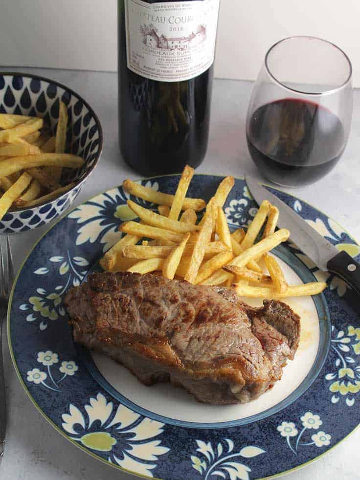 Côtes de Bordeaux red wine paired with steak. #winepairing #frenchwine