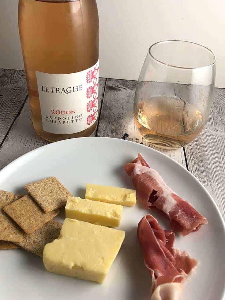 Le Fraghe Rodon Bardolino Chiaretto is a high quality, dry Italian rosé. #wine #DiscoverChiaretto #sponsored