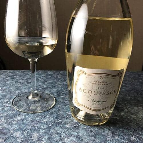 Acquiesce white wine