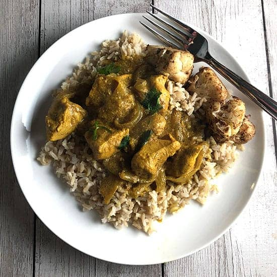 Indian butter chicken on a plate.