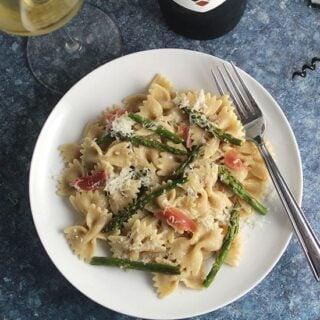 Roasted Asparagus Pasta with Pecorino #ItalianFWT