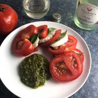 Tomato Caprese Salad with Pesto and New Zealand Sauvignon Blanc #winePW