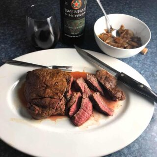 oven roasted sirloin steak with onion sauce and Texan red wine