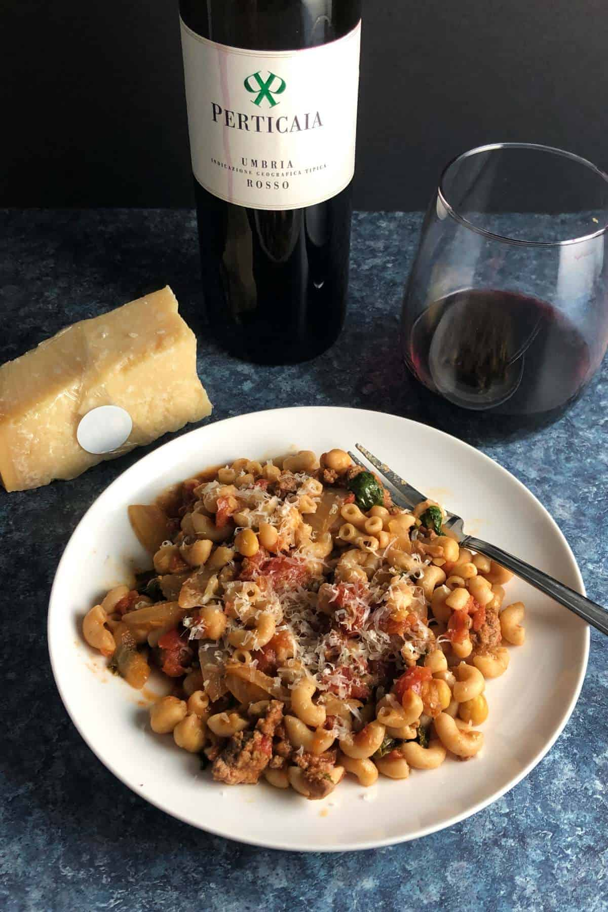 pasta with ground beef and a red wine.
