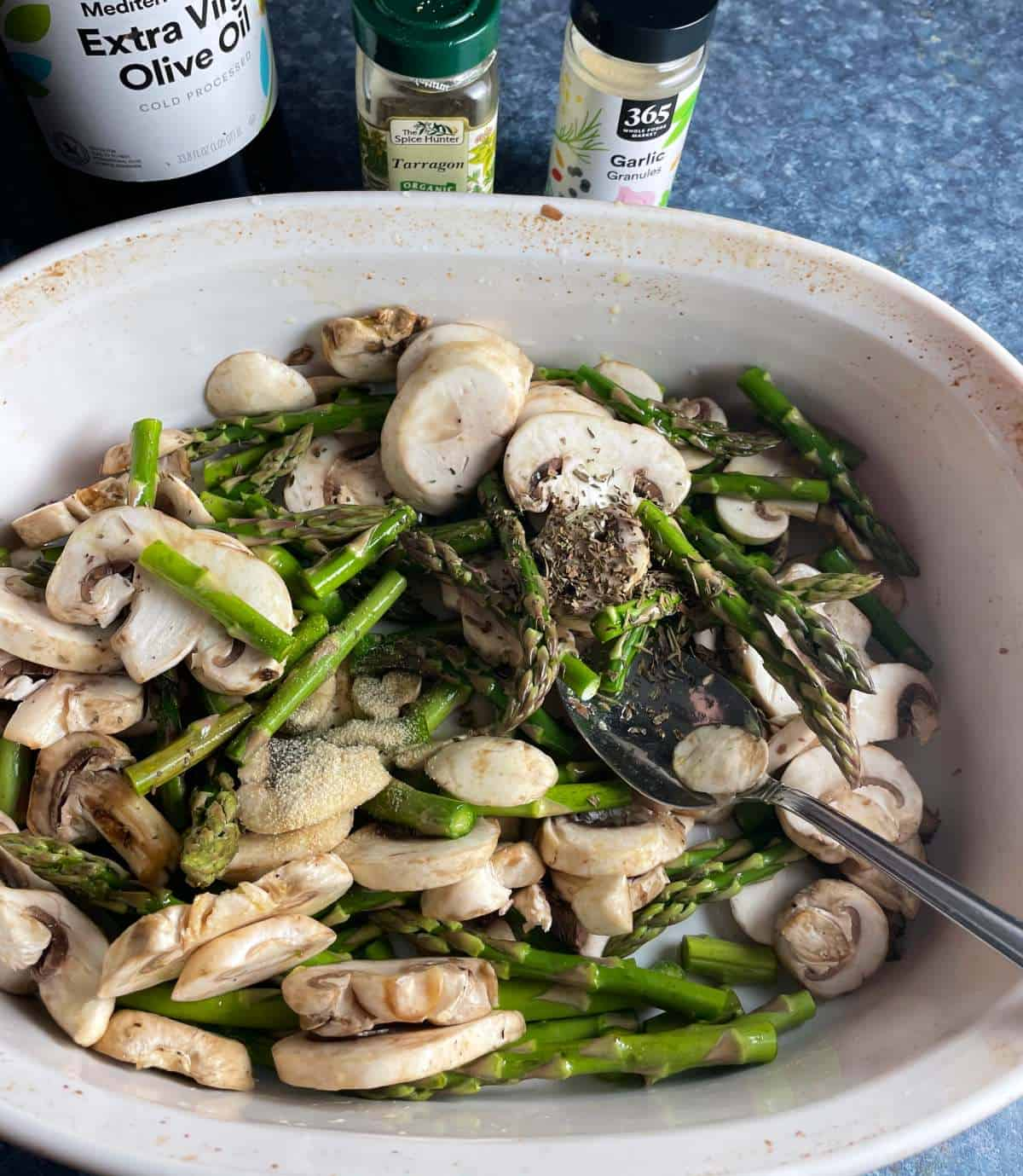 asparagus and mushrooms with tarragon, garlic powder and olive oil.